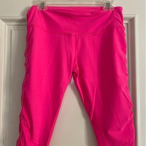 Lululemon Pink cropped leggings